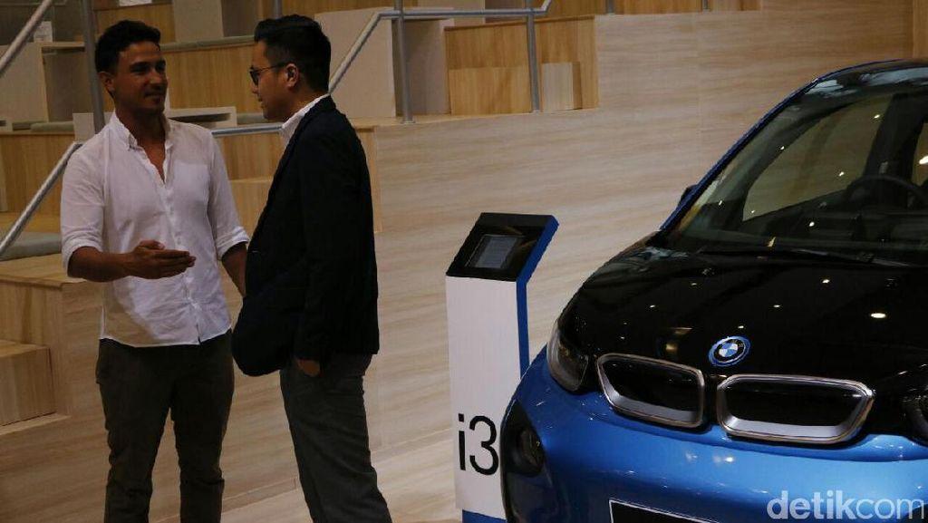 Hamish Daud Ngefans Banget Sama BMW i3
