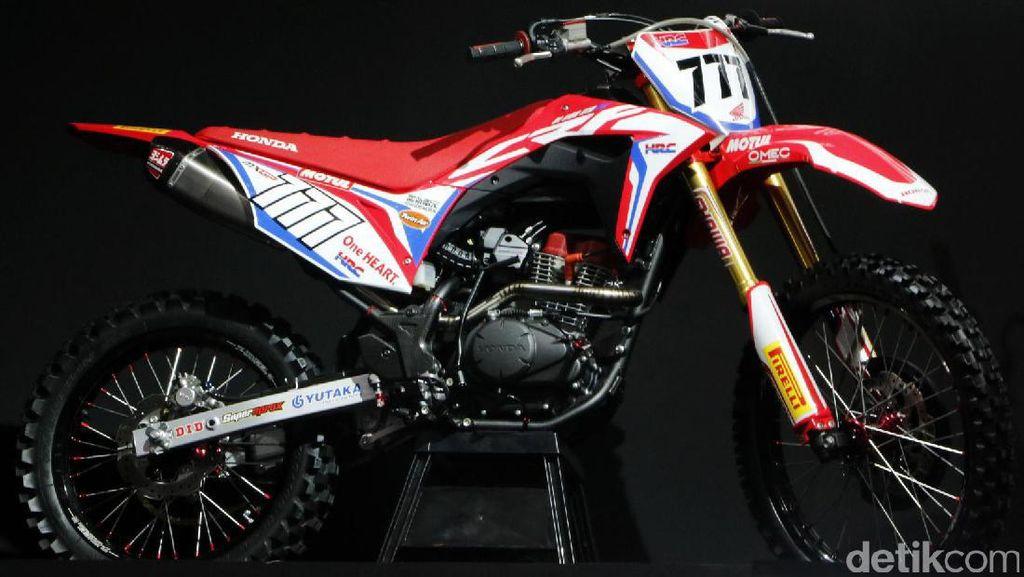 Motor Trail 150 cc dari Honda Siap Tantang Kawasaki KLX 150