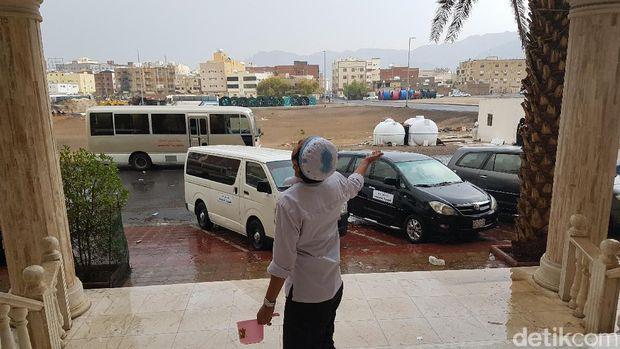 Hujan Mengguyur Madinah, Suhu Panas Turun