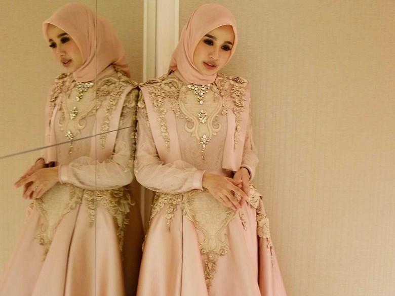 Laudya Cynthia Bella Fix Menikah, Indonesia Happy Meriah