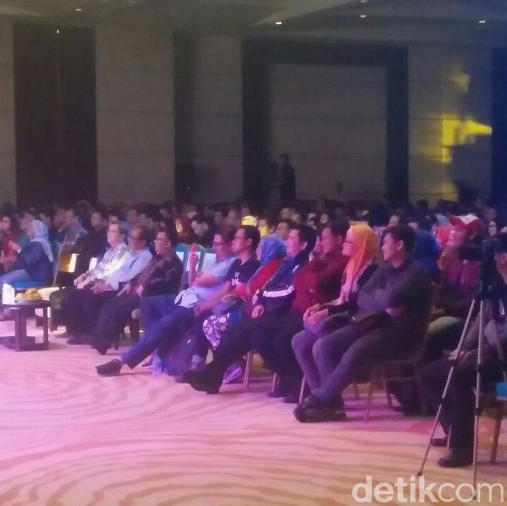 Dipenuhi Penonton, Begini Serunya Kick Off Indonesia Happy