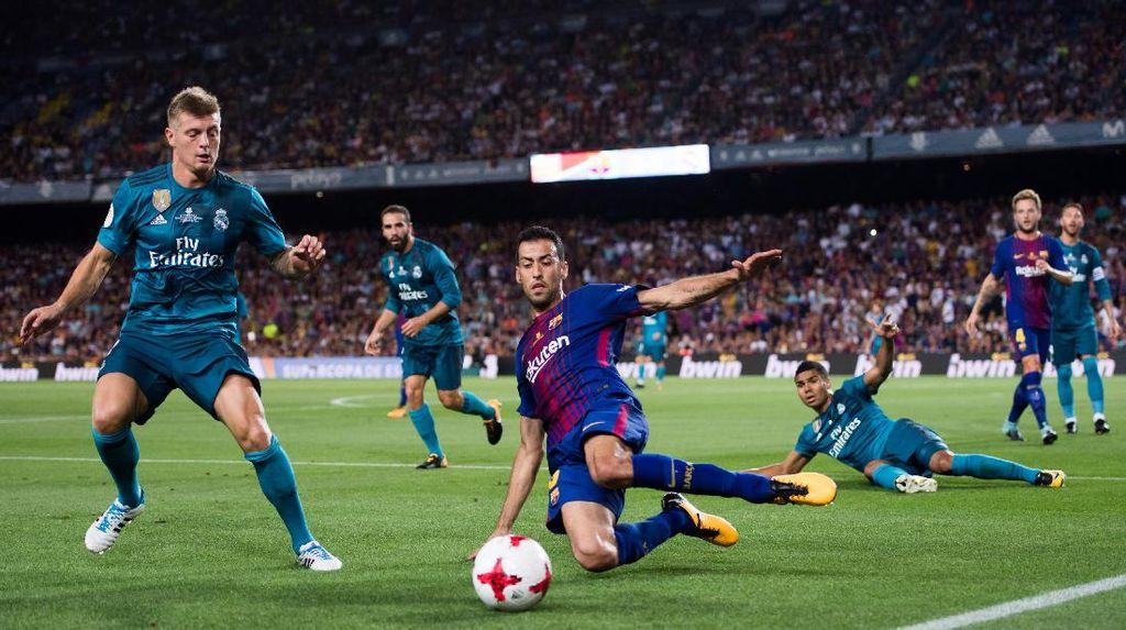 Busquets Bela Pique, Enggan Komentari Reaksi Madrid terhadap Sanksi Ronaldo