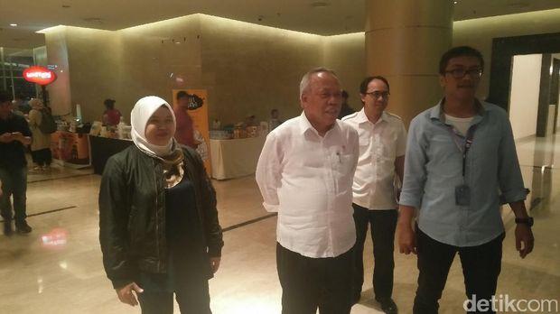 Menteri Basuki tiba di acara Indonesia Happy /