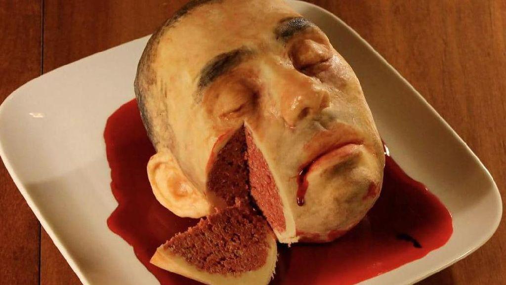 Hiii! Cake Ini Benar-benar Dibuat Persis Wajah dan Tengkorak Manusia