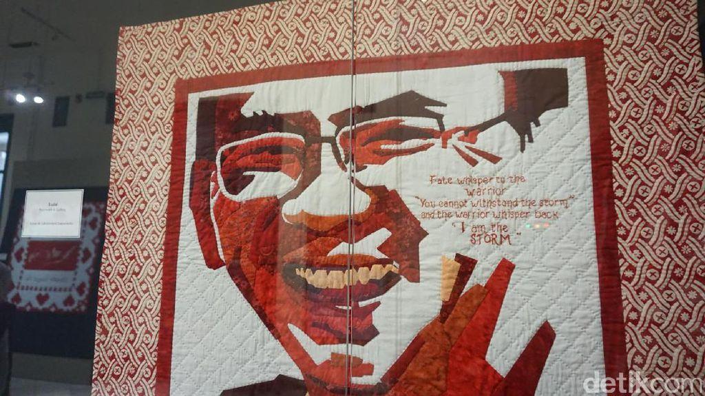 Foto: Sambut HUT RI, Wajah Ahok Menjelma Jadi Kain Perca Merah-Putih