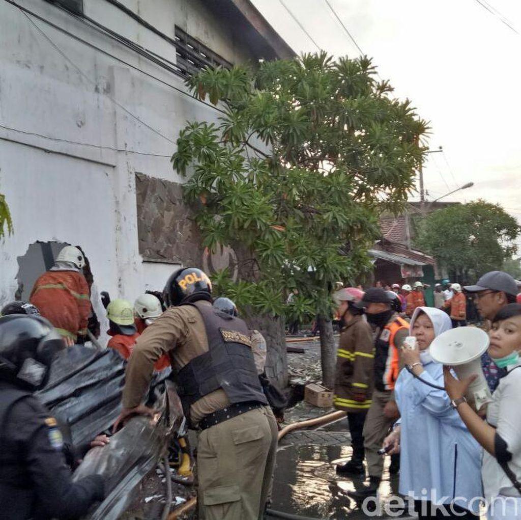 Lebih 3 Jam, Kebakaran di Kapas Madya Berhasil Dipadamkan