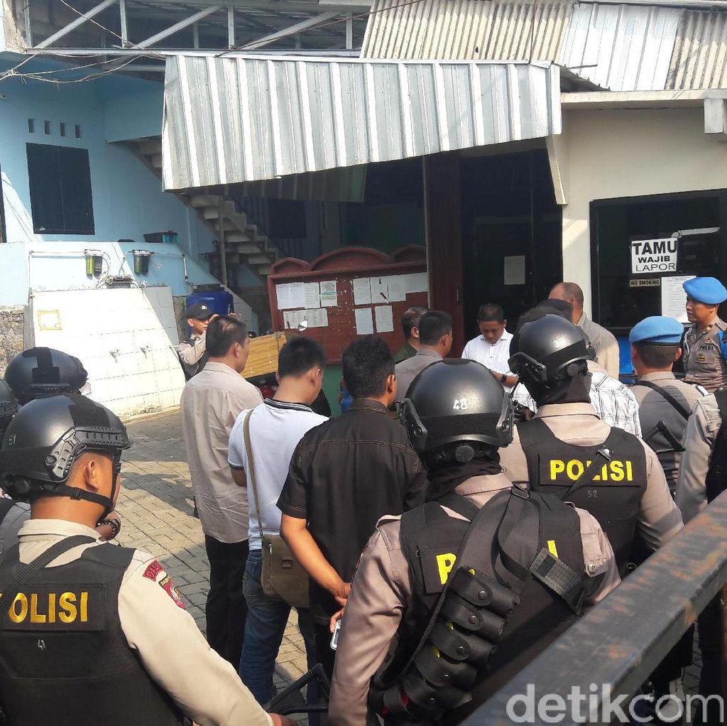 Polisi: Pembakar Umbul-umbul di Bogor Anti-NKRI