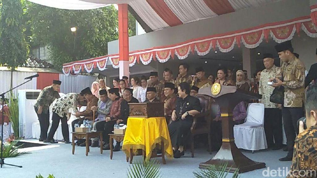 Diundang Istana, Prabowo dan Rachmawati Pilih Upacara di UBK