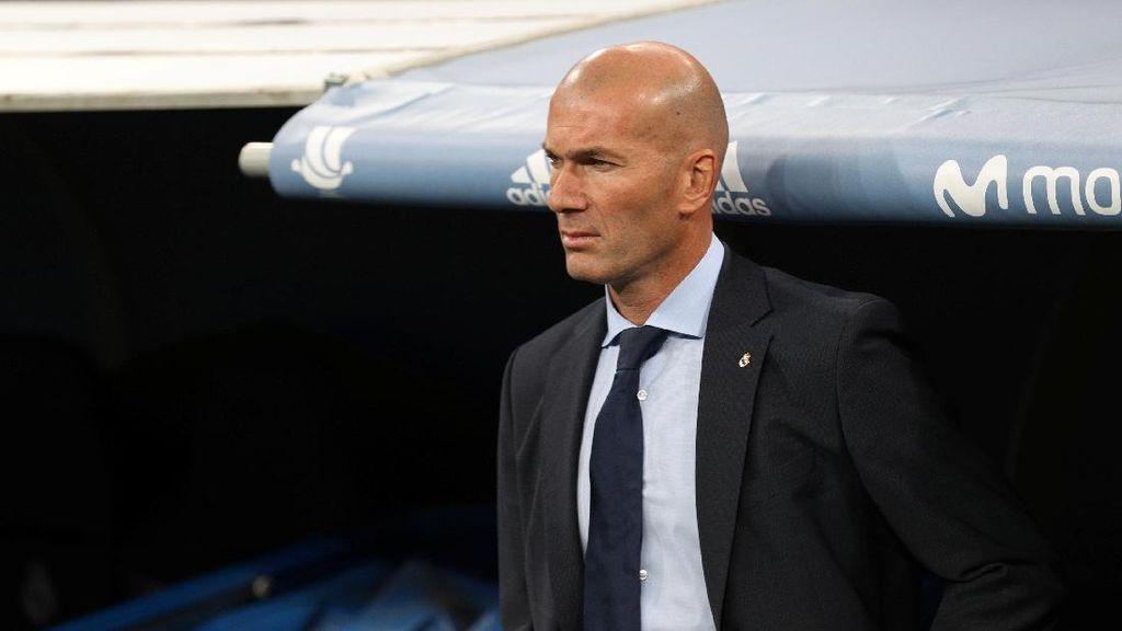 Belum Dua Tahun di Madrid, Zidane Punya Tujuh Trofi dan Bikin Rekor