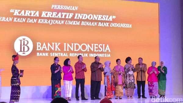 Iriana Jokowi Resmikan Pameran Karya Kreatif Indonesia