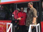 Bayar Trans Semarang Kini Cuma Tempel Stiker