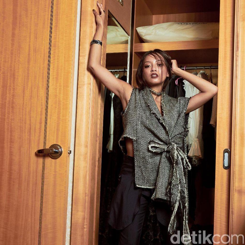 Sensuality of Asmara Abigail