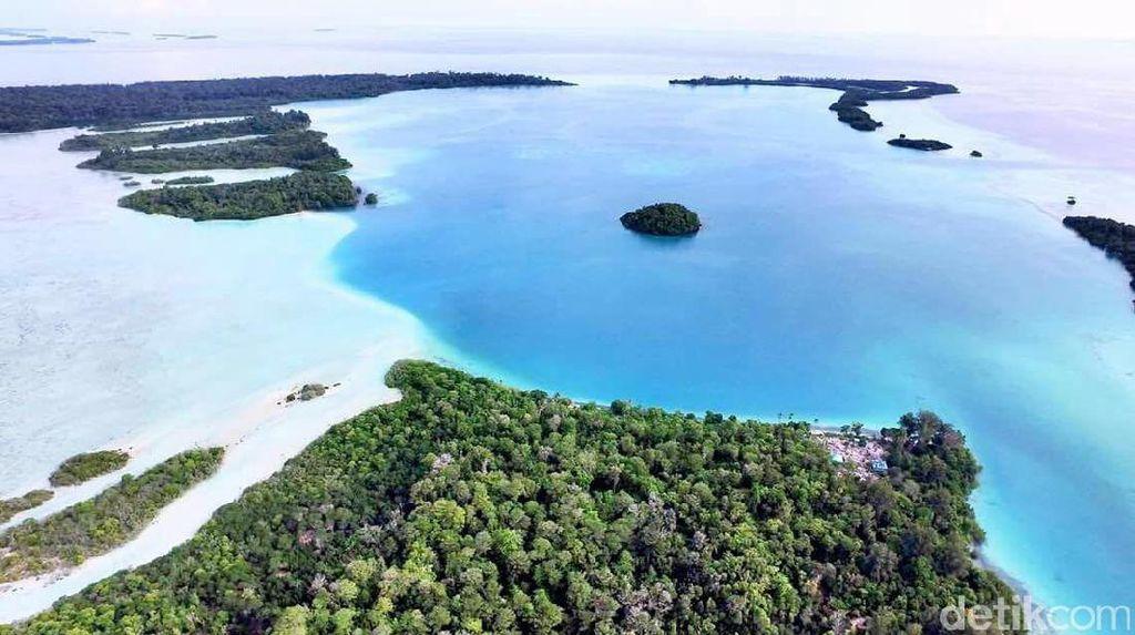 'Maldives' Baru dari Halmahera Selatan