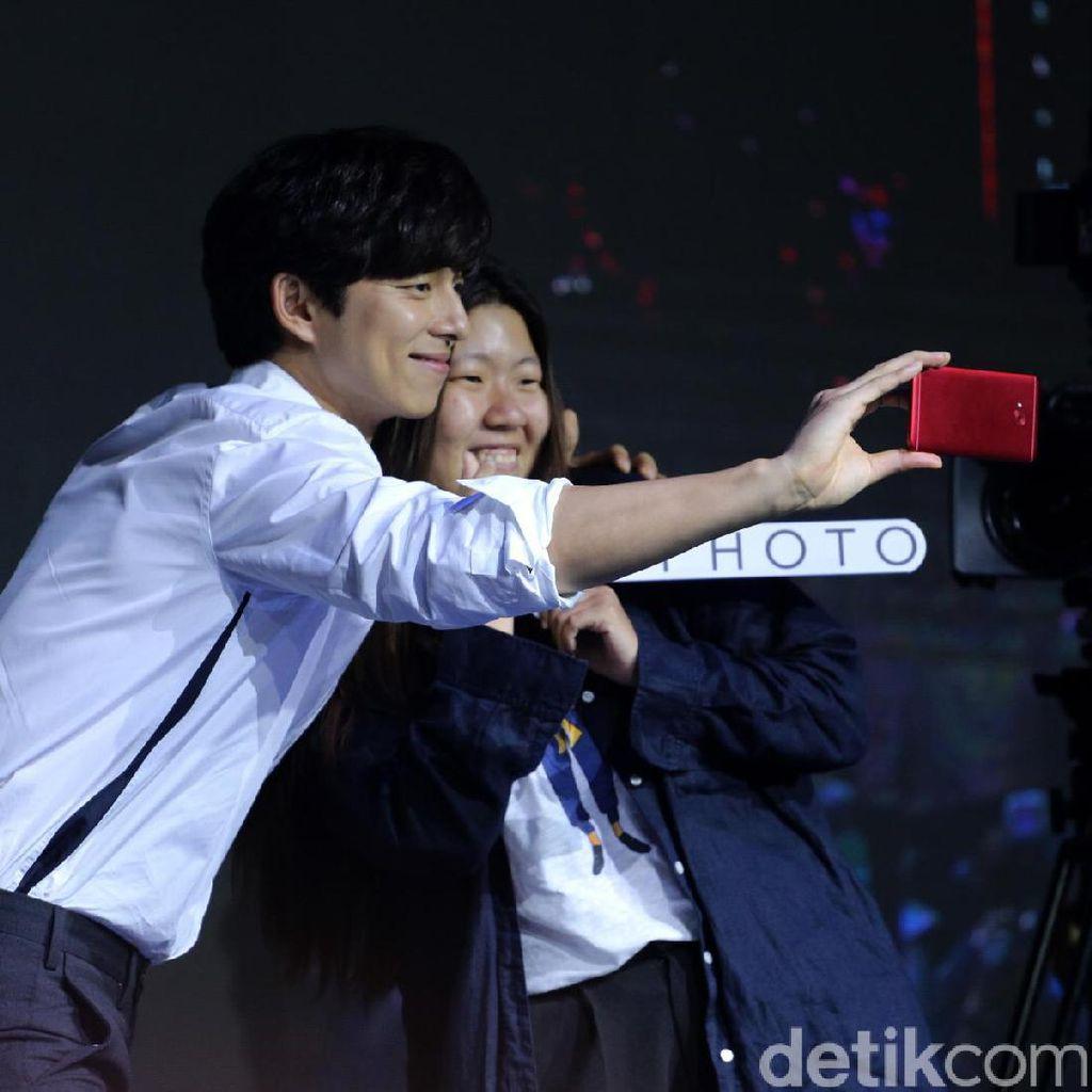 Ini Alasan Asus Gandeng Gong Yoo Jadi Brand Ambassador Zenfone 4