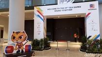 Jas Biru dan Baju Adat Kutai untuk Kontingen Indonesia di Pembukaan SEA Games 2017