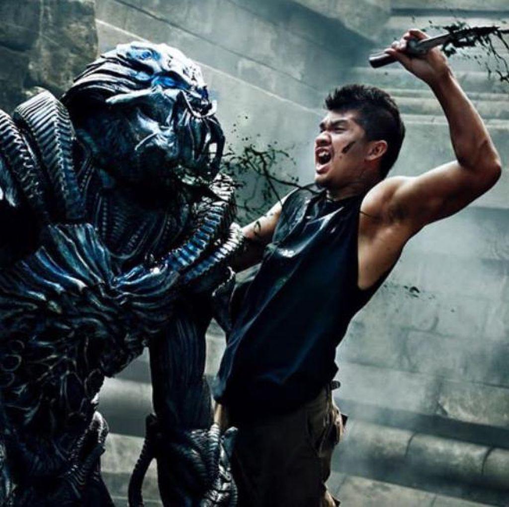 Ciatt! Begini Aksi Iko Uwais Melawan Alien dalam Beyond Skyline