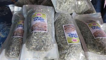 Nelayan Anambas Bisnis Olahan Ikan Bilis, Omzet Rp 36 Juta/Bulan