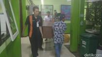 Sarung Tangan Milik Pelaku Tertinggal di Dekat Mayat Dalam Karung