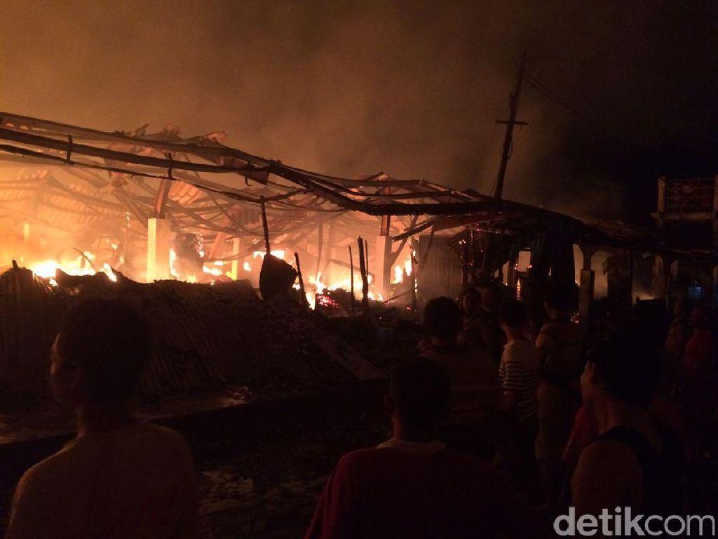 80 Persen Pasar Pagi Kaliwungu Hangus Terbakar