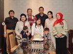 SBY yang Kian Akrab dengan Warna Merah