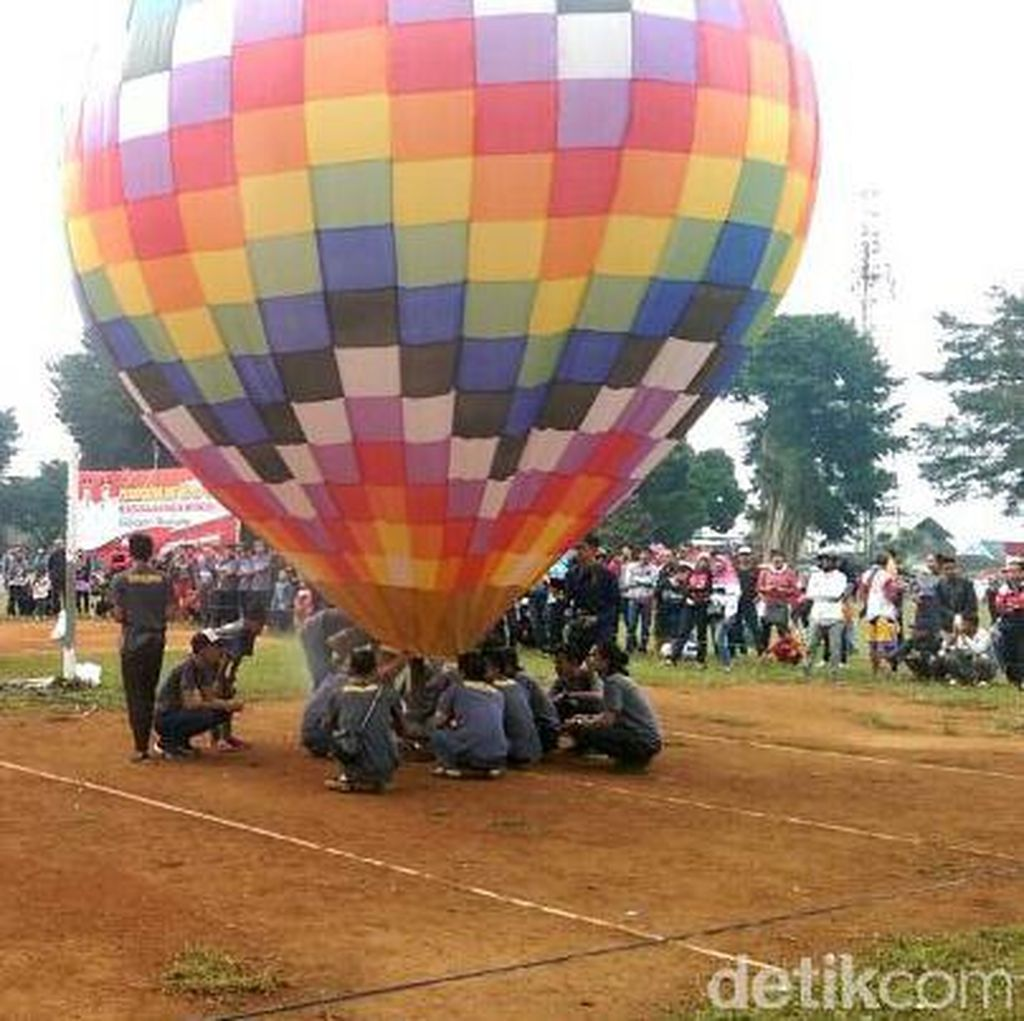 Begini Cara Menerbangkan Balon Udara yang Aman untuk Penerbangan