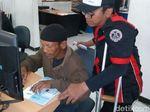 Hore, Penyandang Disabilitas di Surabaya Dapat SIM D