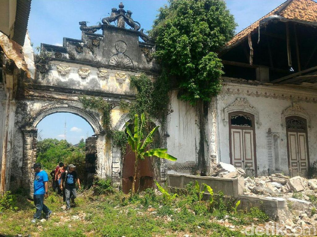 Babat, Kota Tua yang Masih Menyimpan Bangunan Era Kolonial