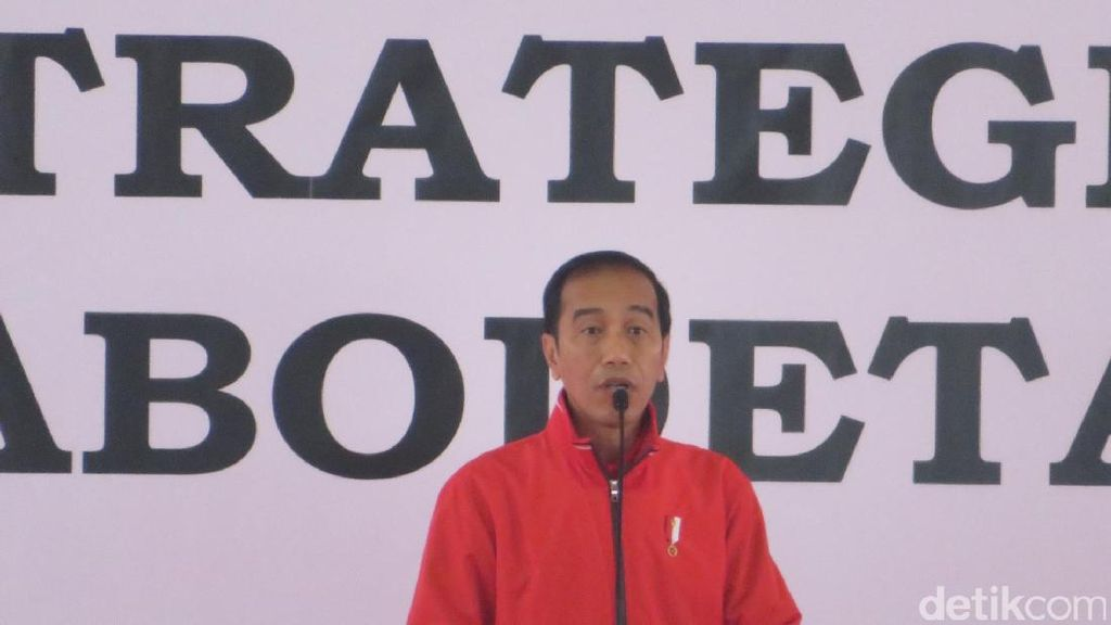 Jokowi Bagikan 7.500 Sertifikat Tanah ke Warga Jabodetabek