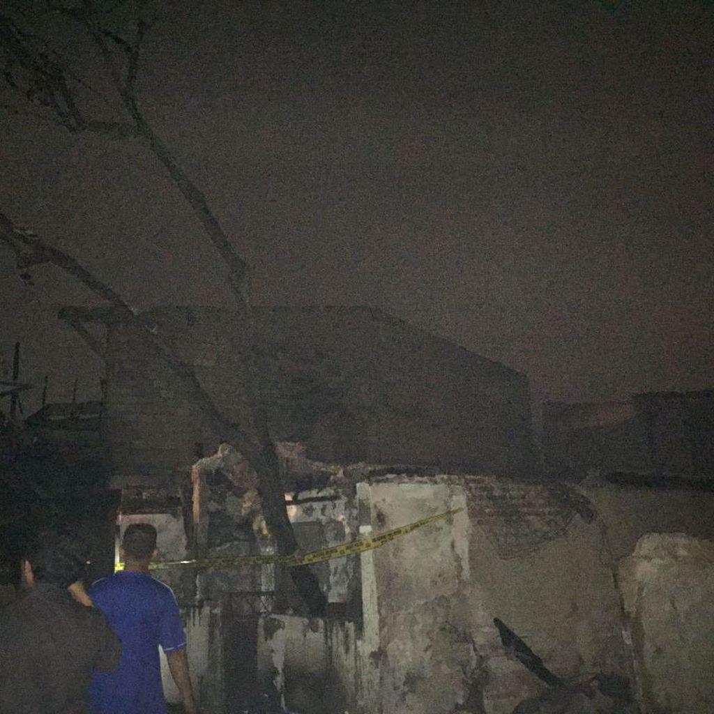 Kebakaran di Kebayoran Lama, Warga: Isi Rumah Habis Semua