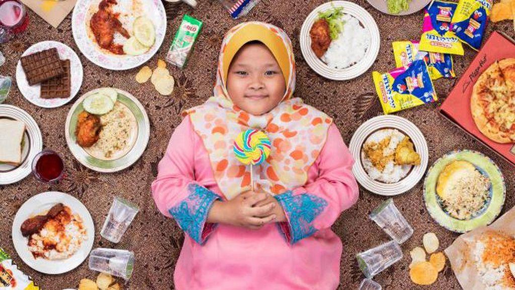 Foto Kreatif Anak dan Makanan Seminggunya