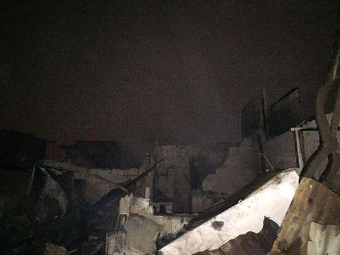 Sisa-sisa kebakaran di permukiman warga di Kebayoran Lama