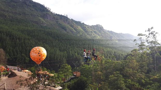 3 Wahana Kekinian & Instagramable di Bandung Barat