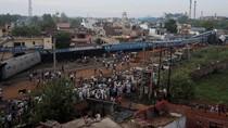 Potret Kecelakaan Kereta Mengerikan di India
