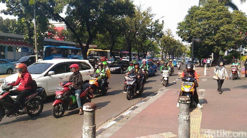 Abang-abang Ojek Online yang Segera Tersingkir dari Jl Sudirman
