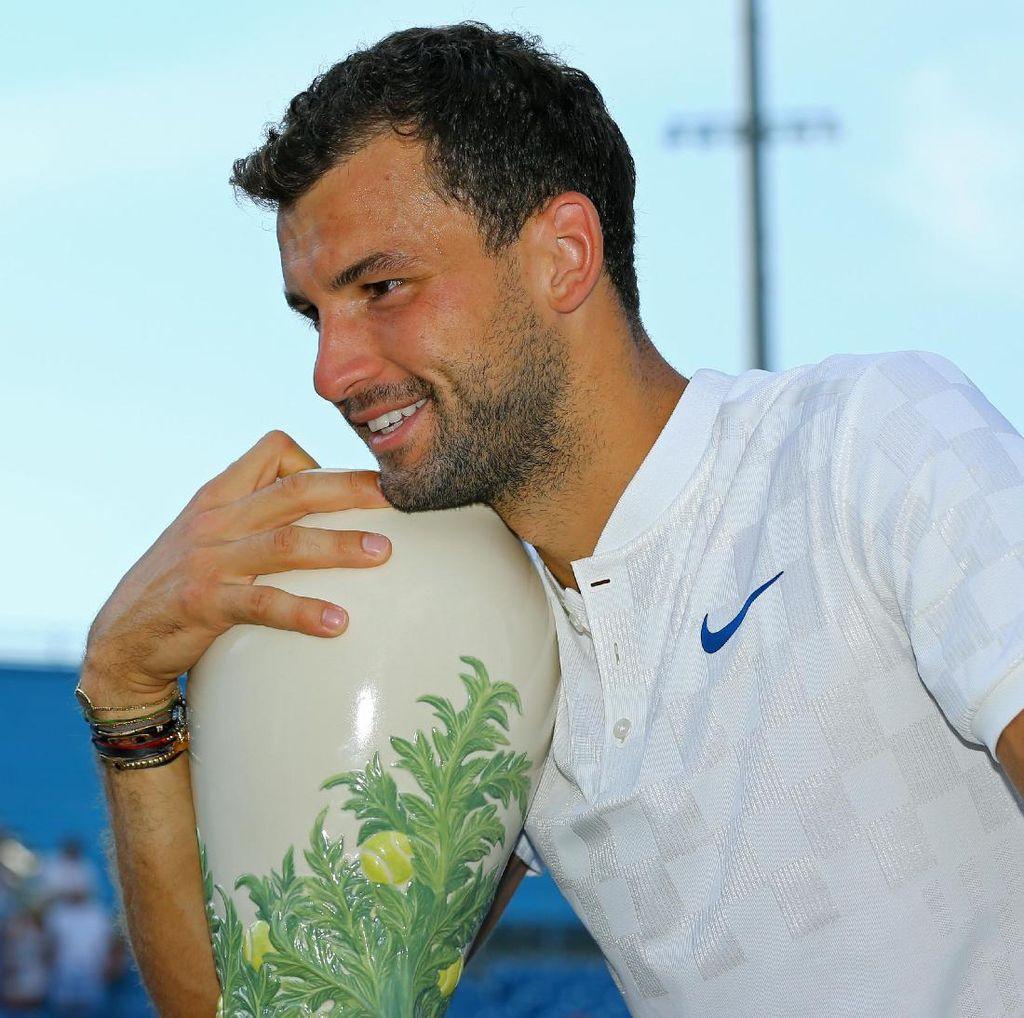 Kalahkan Kyrgios Straight Set, Dimitrov Juara
