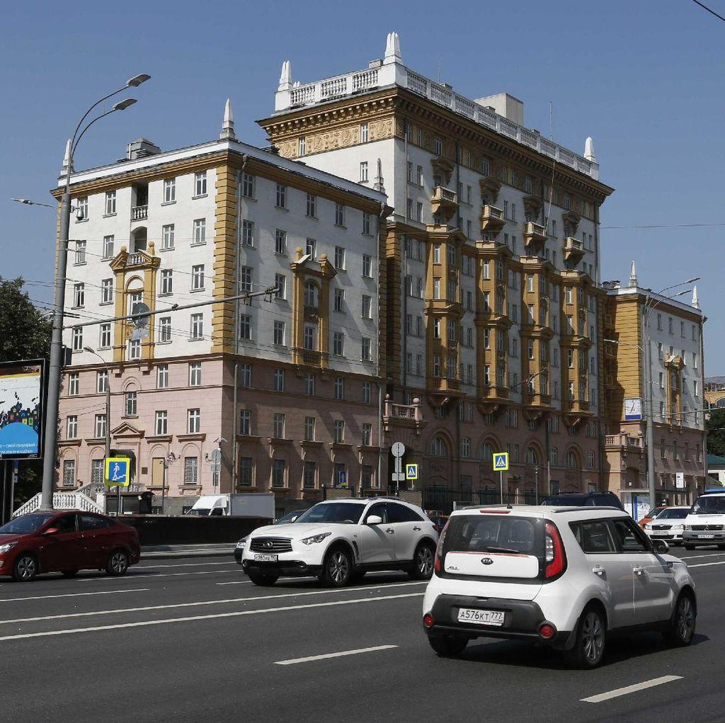 Staf Diplomatik Diusir, AS Kurangi Layanan Visa untuk Warga Rusia