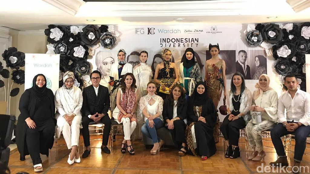 7 Desainer Indonesia Siap Pamer Karya di New York Fashion Week 2018