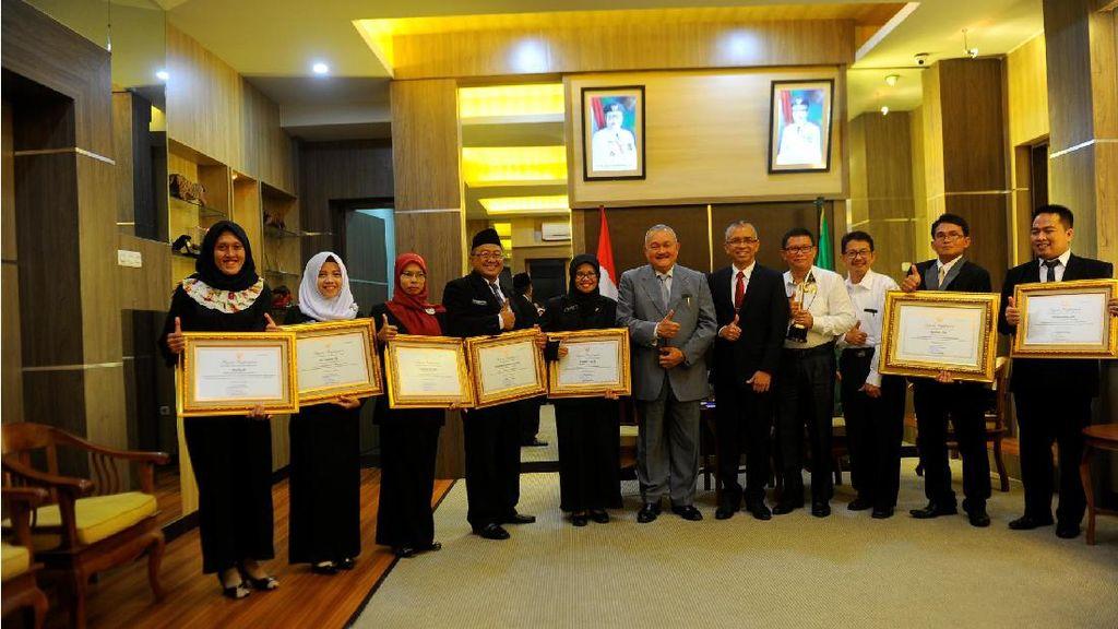 Guru dan Tenaga Pendidikan Sumsel Raih Penghargaan Nasional