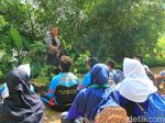 Bah Nunuh, Polisi Manusia Pohon Sebar Virus Cintai Alam ke Pelajar
