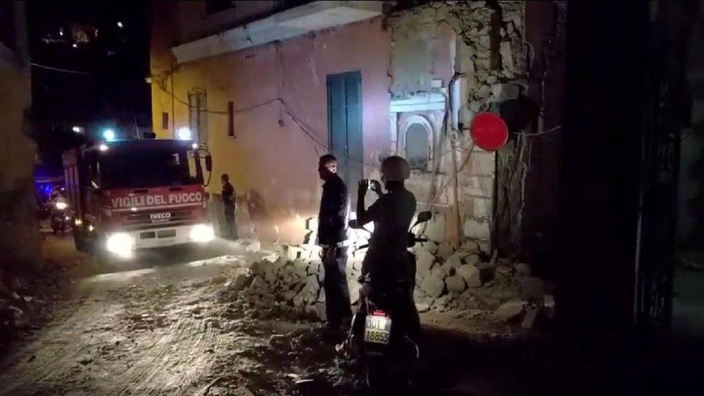 Pulau Wisata Italia Diguncang Gempa 4 SR, 1 Orang Tewas