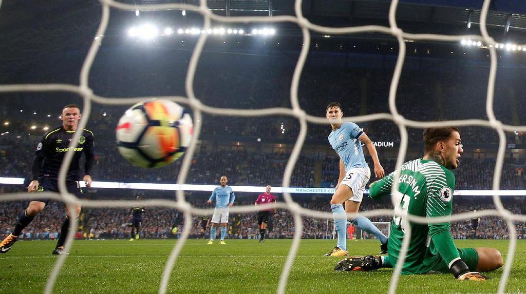 Momen-Momen di Gol ke-200 Rooney di Premier League