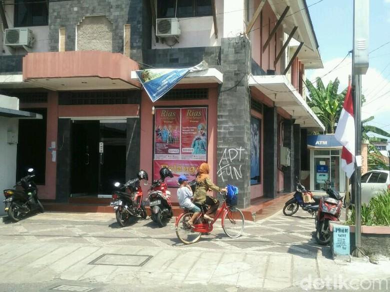 Agen di Yogya Siap Menggugat First Travel Pusat