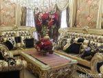 Mewah dengan Nuansa Emas, Ini Isi Istana Bos First Travel