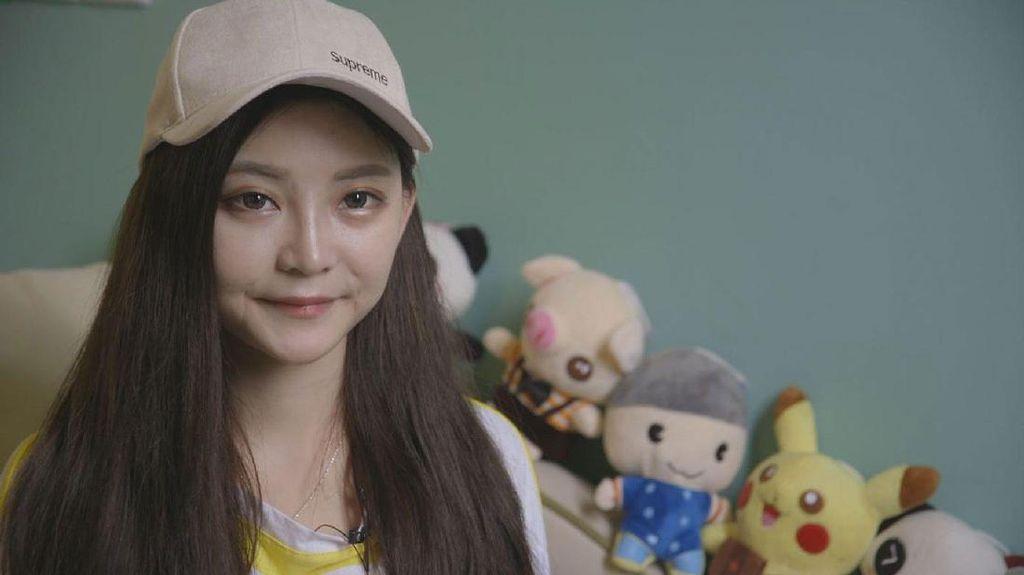 Bintang Video Streaming Cantik Ungkap Kisah Pilu di Balik Gaji Rp 500 Juta