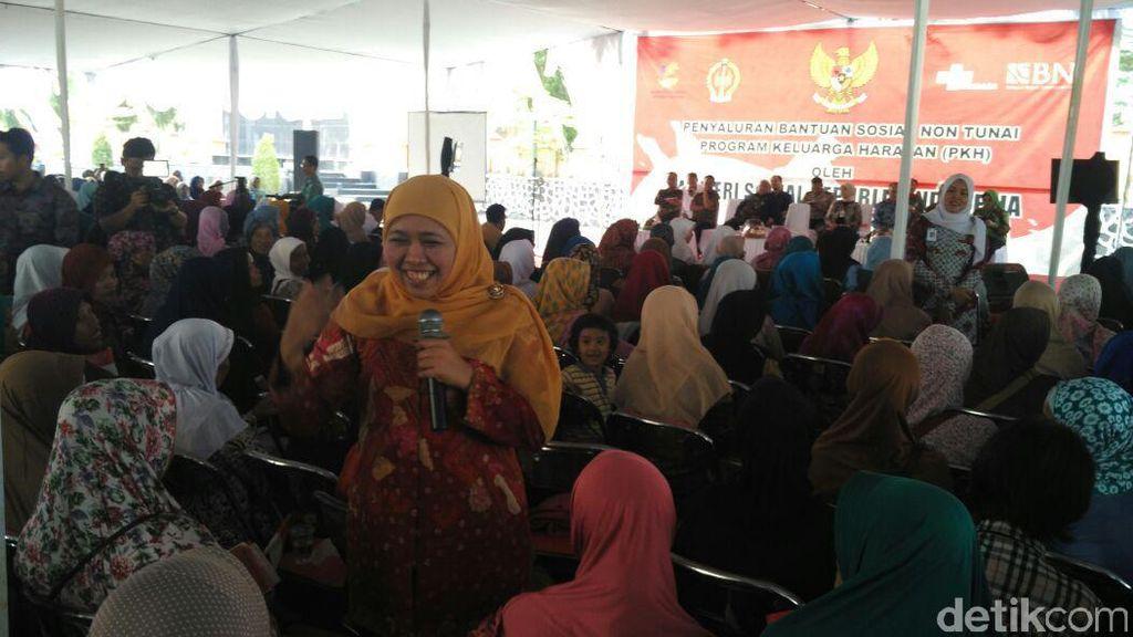 Ini yang Disampaikan Mensos Khofifah ke Jokowi di Istana Pagi Tadi