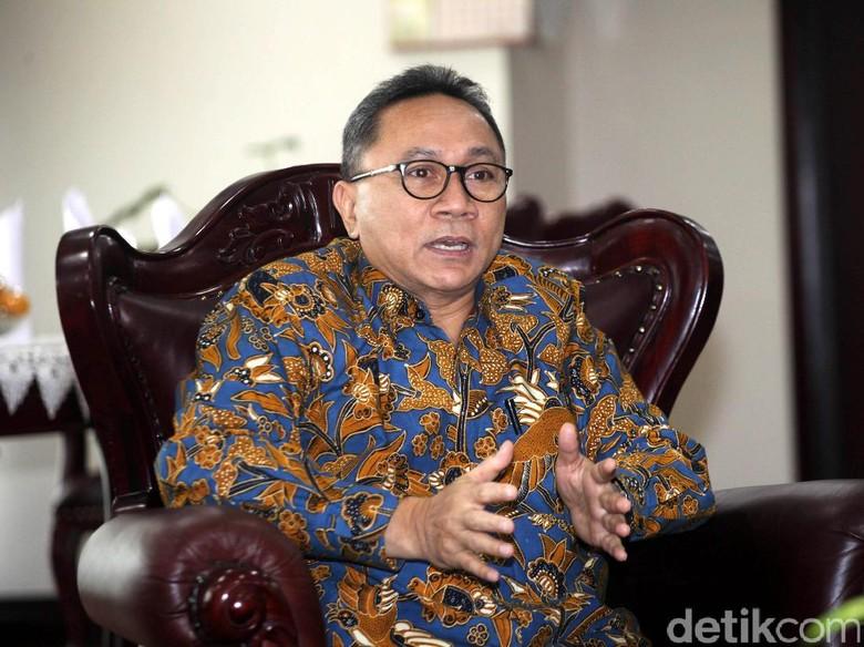 Aksi Ketua Sampaikan Aspirasi dan - Jakarta Hari akan digelar aksi di depan gedung DPR untuk menuntut ditolaknya Perppu Nomor tentang Ormas dan menolak