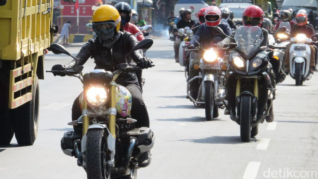 Touring dengan Sopan, Baikers Dapat Apresiasi dari Polres Probolinggo