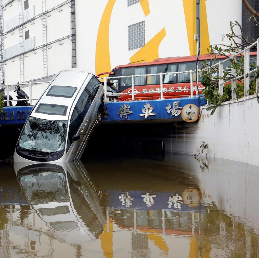 Topan Hato di Macau Tewaskan 9 Orang