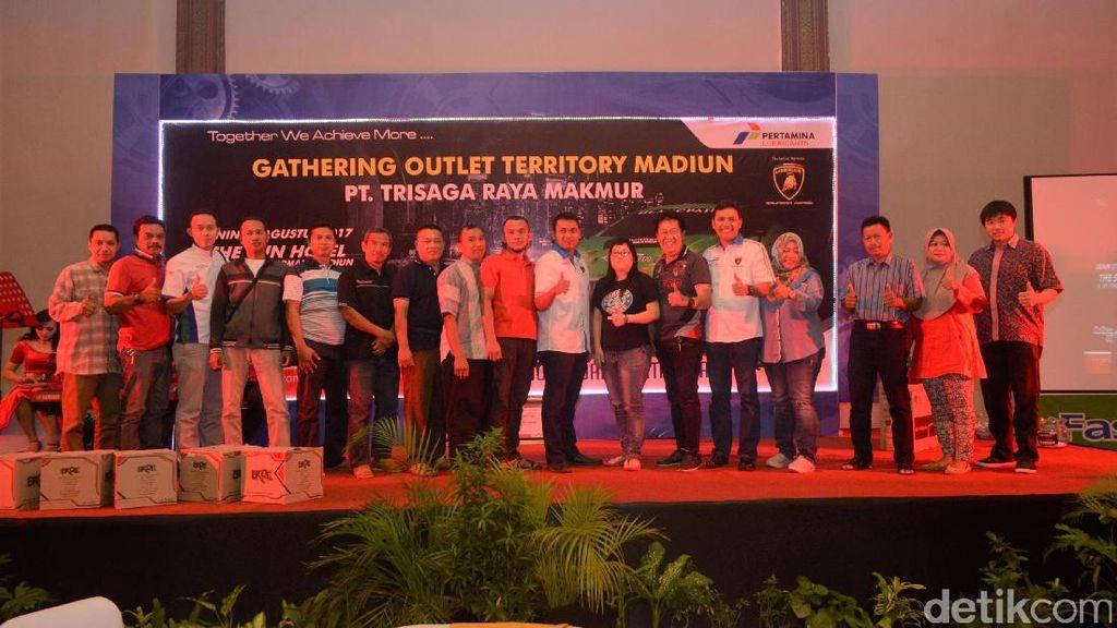 Pertamina Lubricants Gelar Gathering dengan Outlet di Jatim