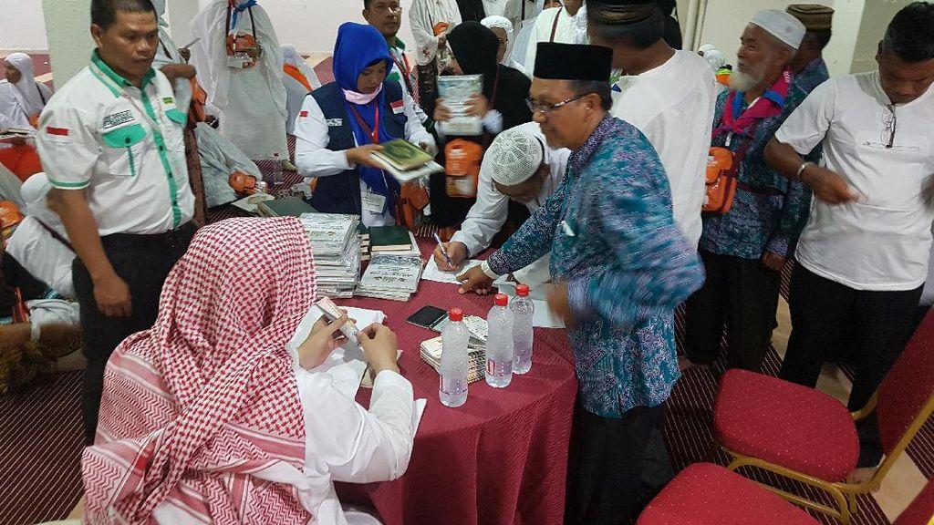 Bonus Uang Jutaan untuk Jemaah Aceh dari Wakaf 200 Tahun Silam